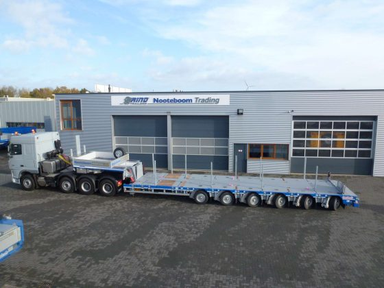 SEMI LOWBED (MANOOVR) // 12 PENDLE AXLE // 94,1 T PAYLOAD // LOADFLOORHEIGHT 780 MM // HYDRAULICALLY HEIGHT-ADJUSTABLE GOOSENECK // DOUBLE EXTENDABLE // TOTAL STROKE 500 MM