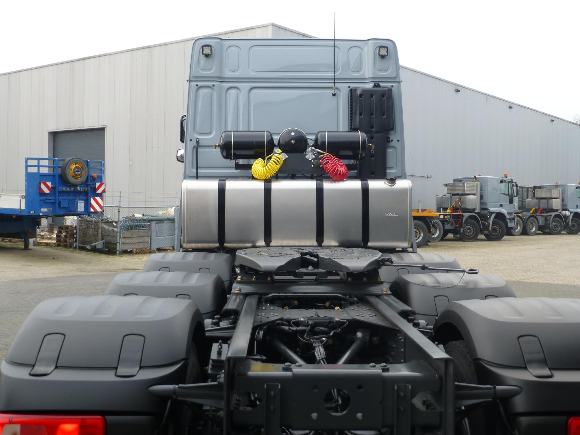 DAF HEAVY DUTY TRACTOR HEAD // 160 GCW // 8x4 // DIRECT AVAILABLE
