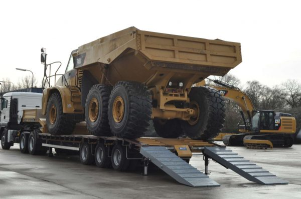 Heavy duty lowbed 3 axle suitable for overseas territory
