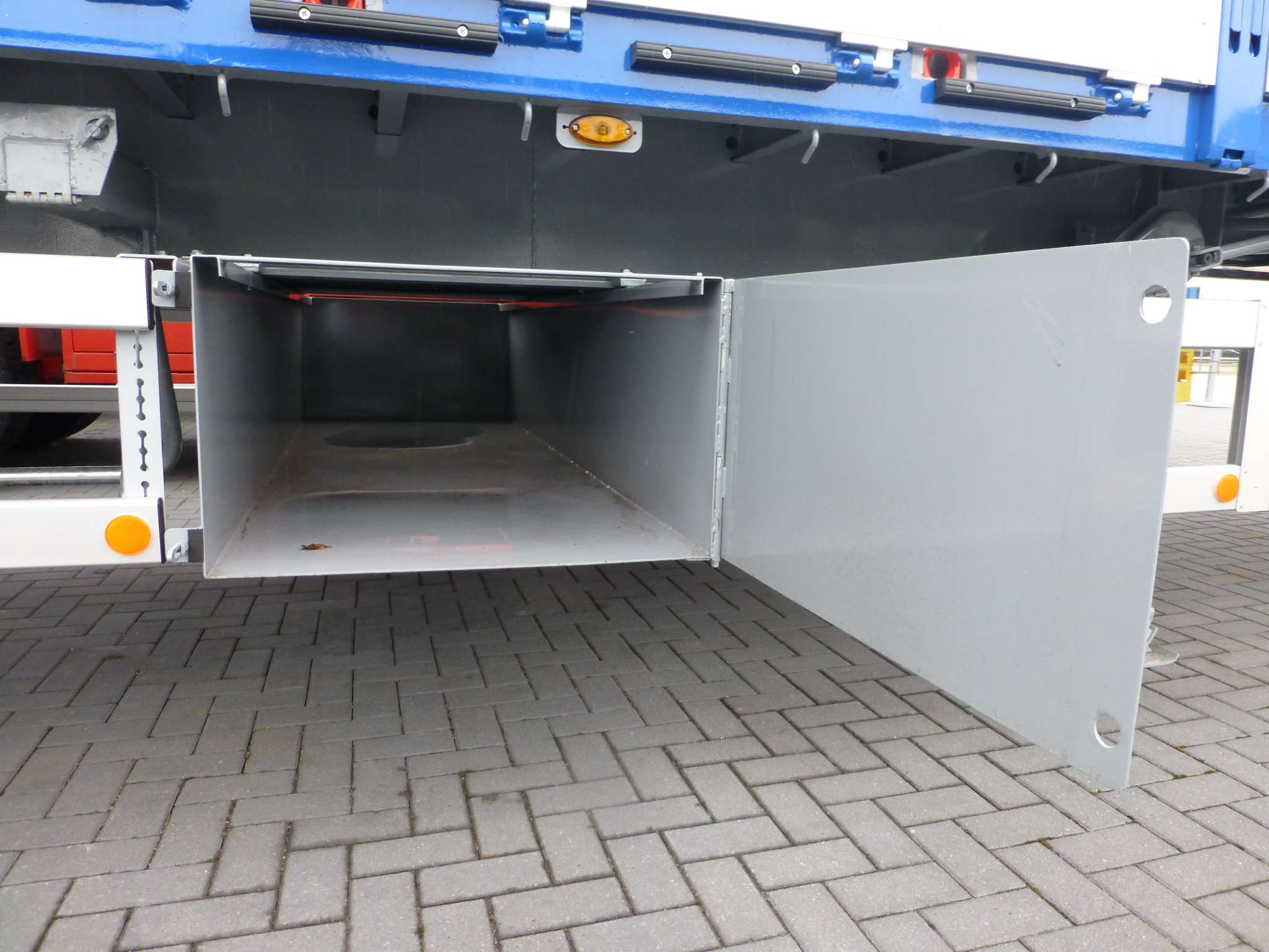 CITYT TRAILER // 1 AXLE // STEERED // PAYLOAD 22,5 TONS