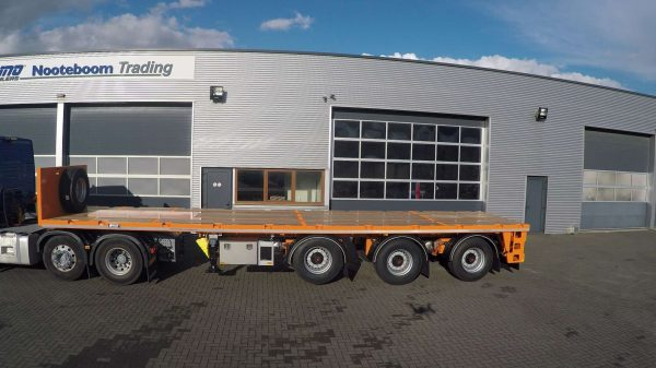 BALLAST TRAILER // 3 AXLES // 2 AXLES STEERED // PAYLOAD 39 TONS