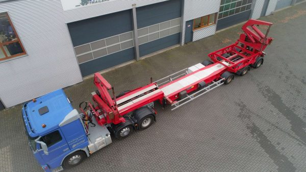 unique 3 axle HAMMAR // 2 hydraulic steered axles // transport of high containers 20ft and 40ft containers