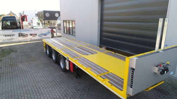 Ballast trailer 3 axle, 2 steered 40 ton payload