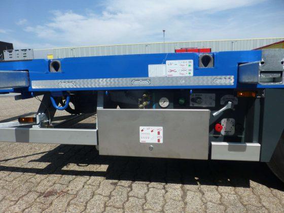 VERHUUR TRAILER BESCHIKBAAR VANAF KW 19, 4 ASSIGE SEMI TRAILER// MULTI INZETBAAR // 4 ASSEN HYDRAULISCHE GESTUURD // UITSCHUIFBAAR 14,8m // 43 T LAADVERMOGEN//2 koppelhoogtes 1250 & 1150 mm // hydraulische oprijplaten