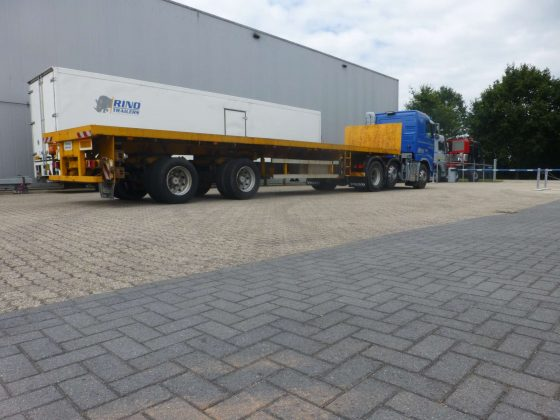 Unique 2 axle short citytrailer extendable and hydraulic steering