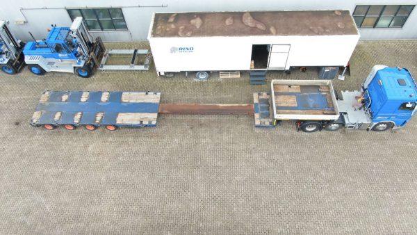 4 assige semi dieplader// hydraulisch gestuurd // Uitschuifbaar tot 14,6 Meter // Laadvermogen 34,6 Ton