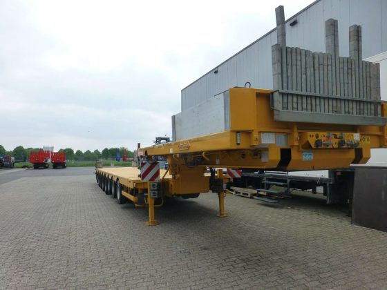 8 AXLE LOWBED // HYDRAULISCHE GOOSENECK // EXTENDABLE TILL 20.7 MTR // PAYLOAD 133 TON