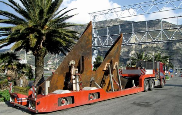 2 Assige dieplader (jacht, schip), uitschuifbaar tot 11,8 meter, laadvermogen 21 ton