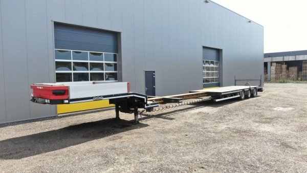3 Axle semi lowbed | extendable till 14.7 m | payload 38 t